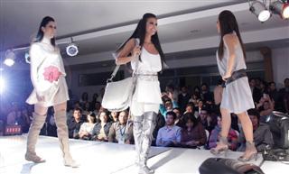 pasarela_piel_moda_2011